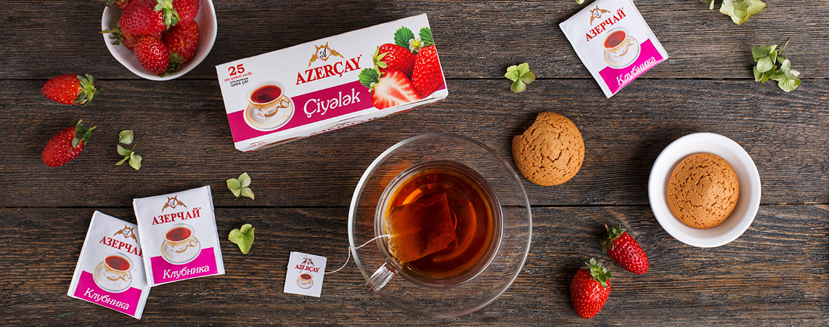 Tea with strawberry